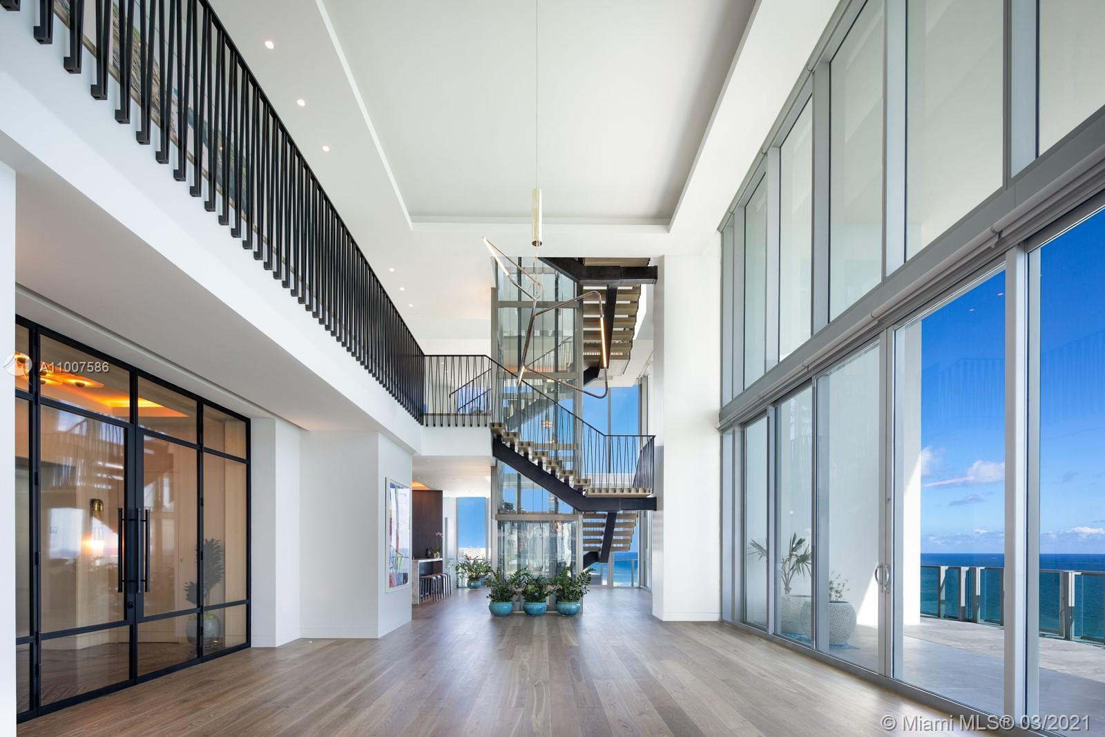 6901 Collins Ave, Unit #PH Luxury Real Estate