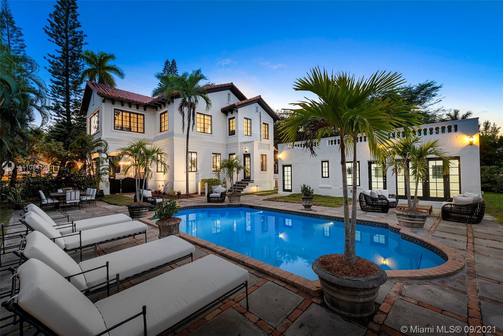 155 Cocoplum Rd Luxury Real Estate