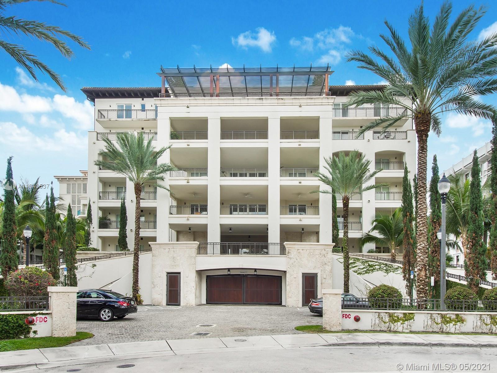3535 Hiawatha Ave, Unit #304 Luxury Real Estate