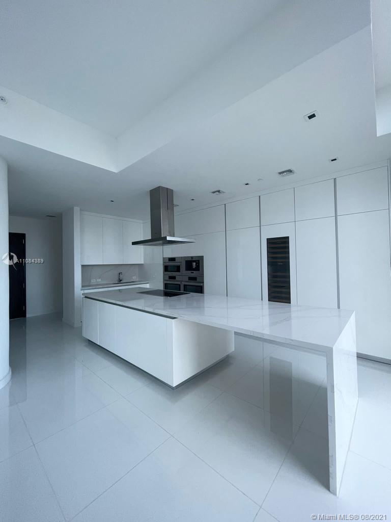 68 SE 6th St, Unit #4301 Luxury Real Estate