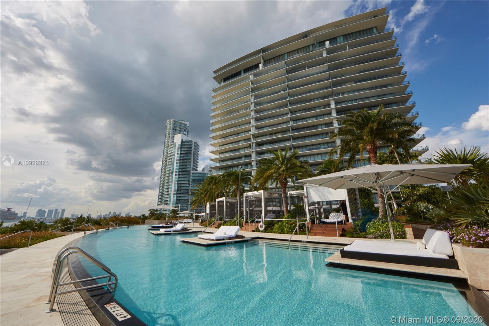 800 S Pointe Dr, Unit #2004 Luxury Real Estate