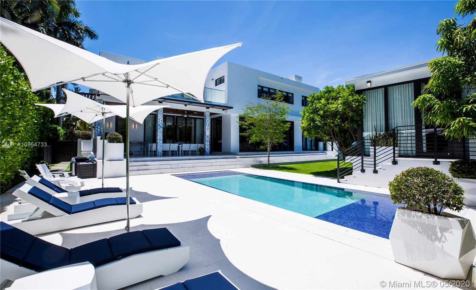 115 Venetian Way Luxury Real Estate