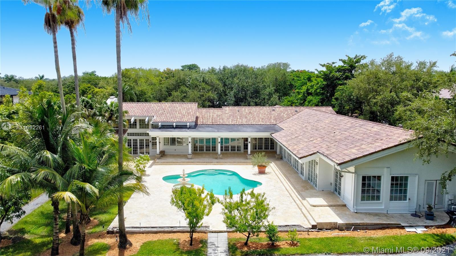 6595 SW 102nd St Luxury Real Estate