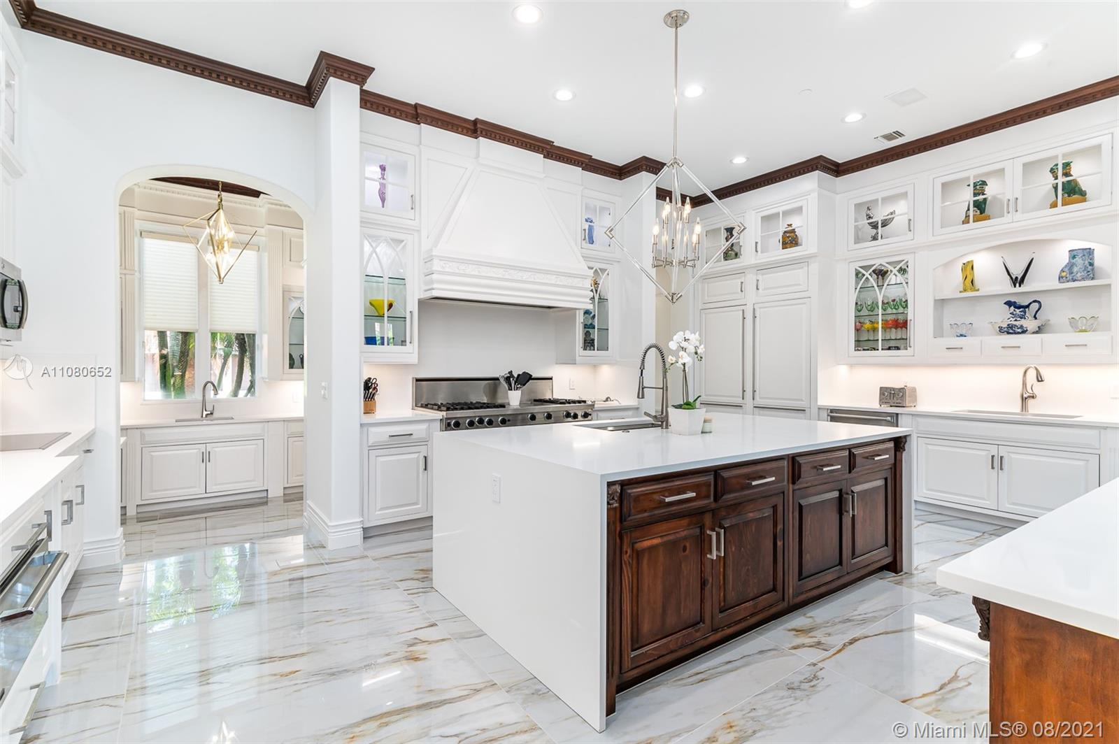 700 Sanctuary Dr Luxury Real Estate
