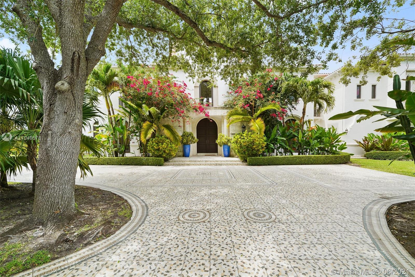 4955 SW 83rd St Luxury Real Estate