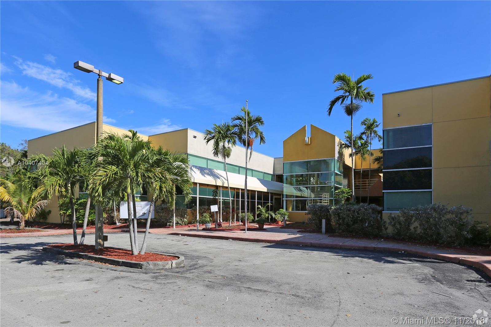 275-295 NW 199th St Luxury Real Estate