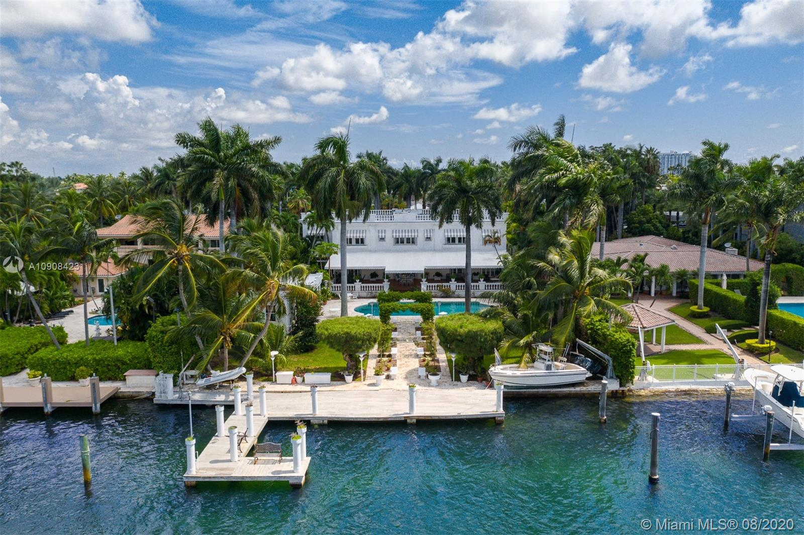 142 Palm Ave Luxury Real Estate