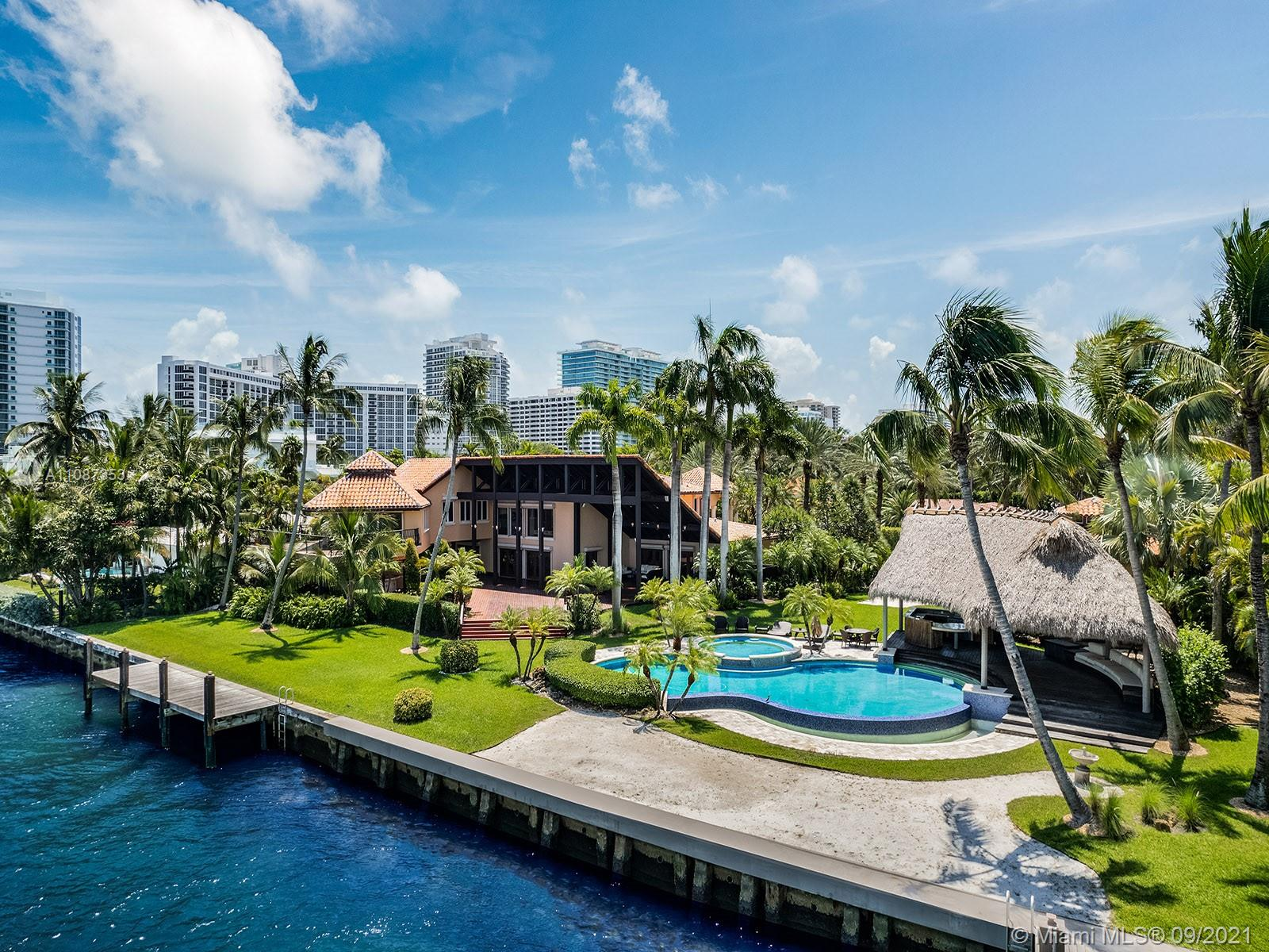 276 Bal Bay Dr Luxury Real Estate