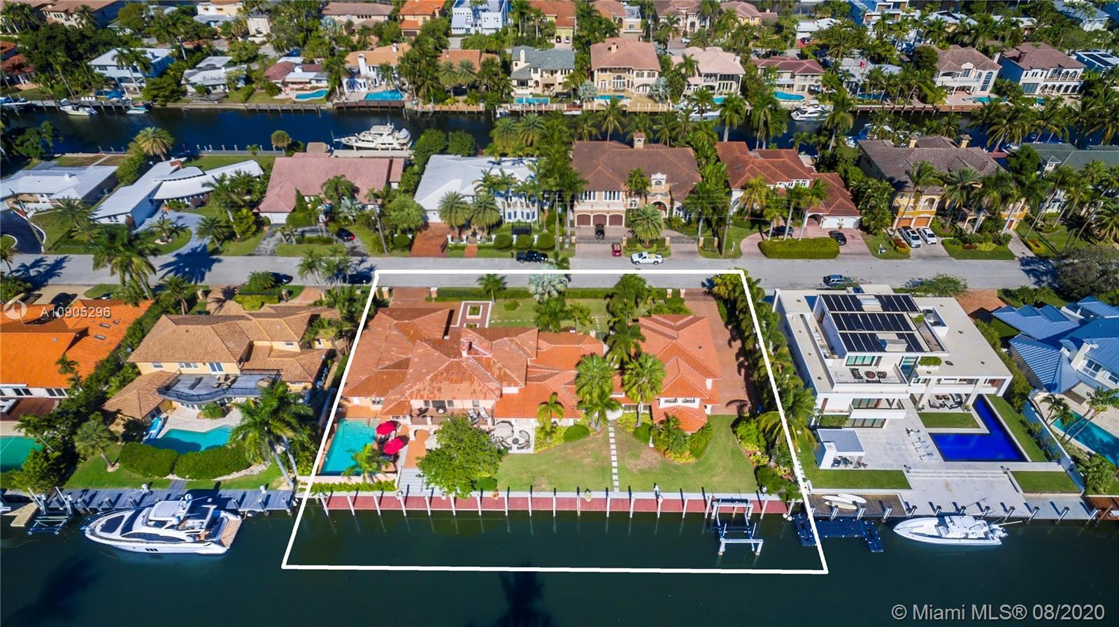 14 Pelican Dr Luxury Real Estate
