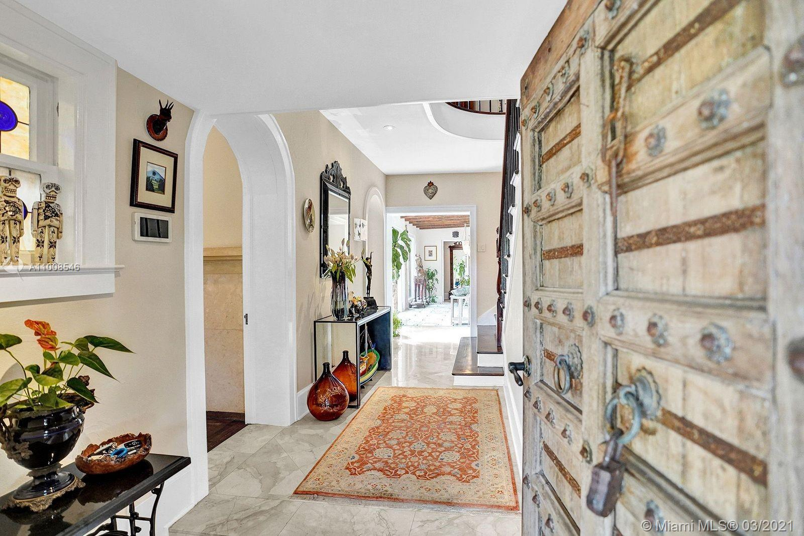 1006 S Greenway Dr Luxury Real Estate
