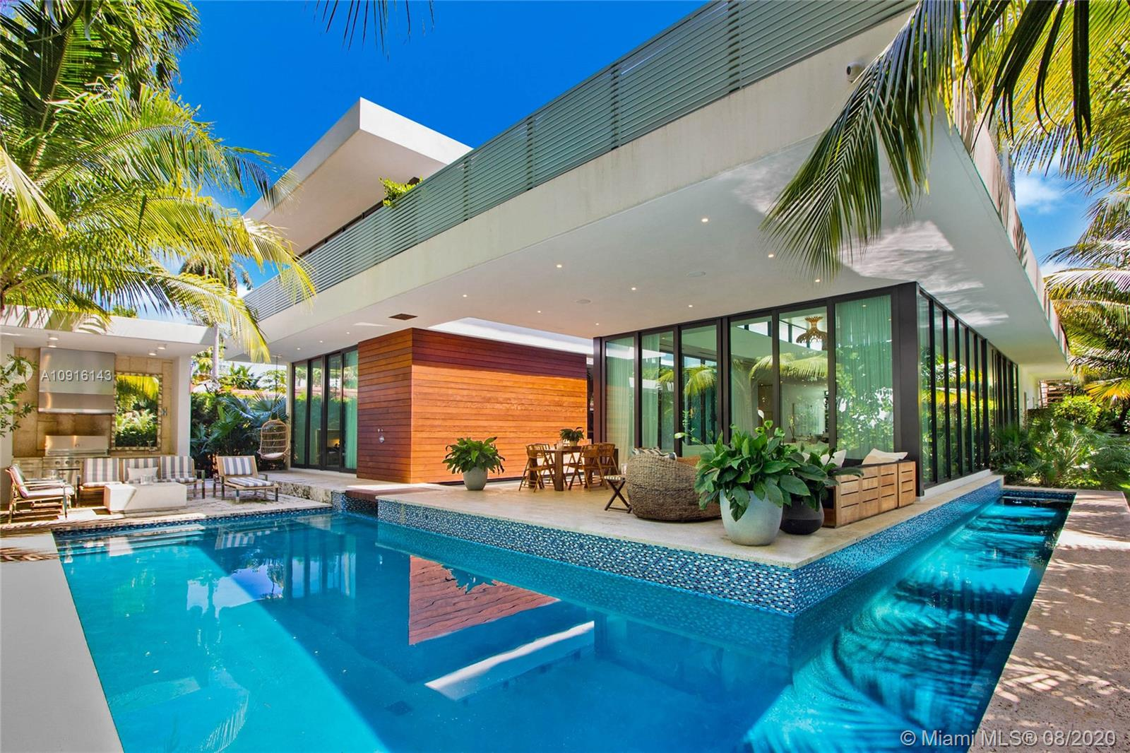 2300 Sunset Dr Luxury Real Estate
