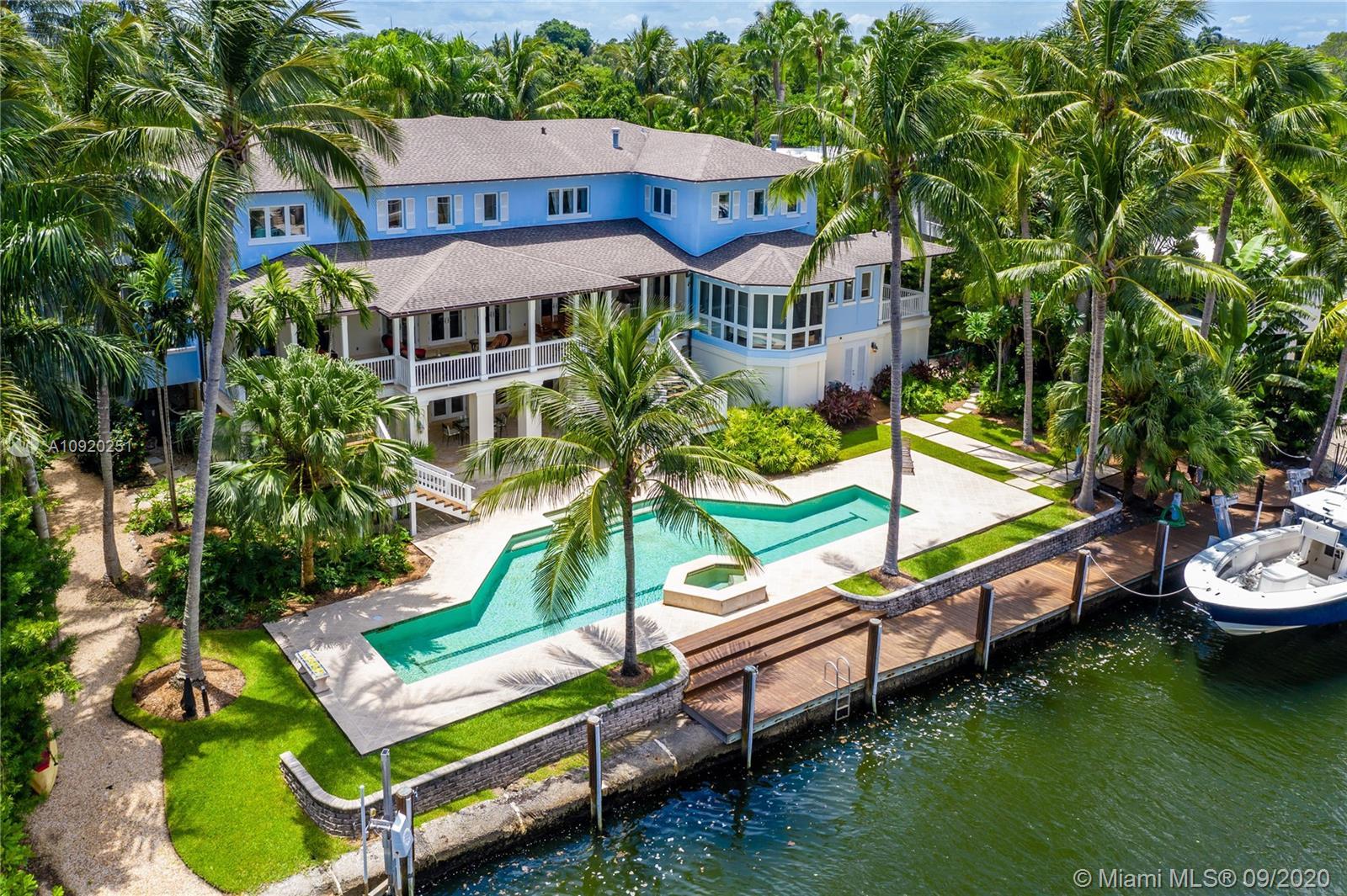 3311 S Moorings Way Luxury Real Estate