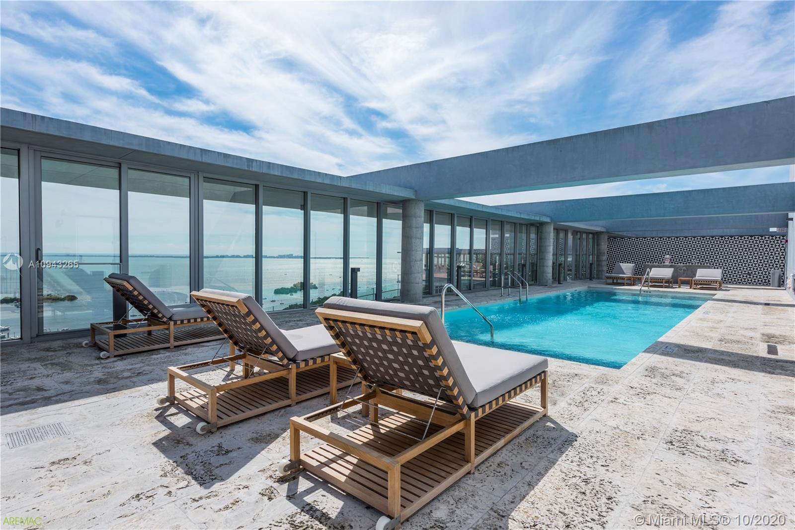 2675 S Bayshore Dr, Unit #2001S Luxury Real Estate