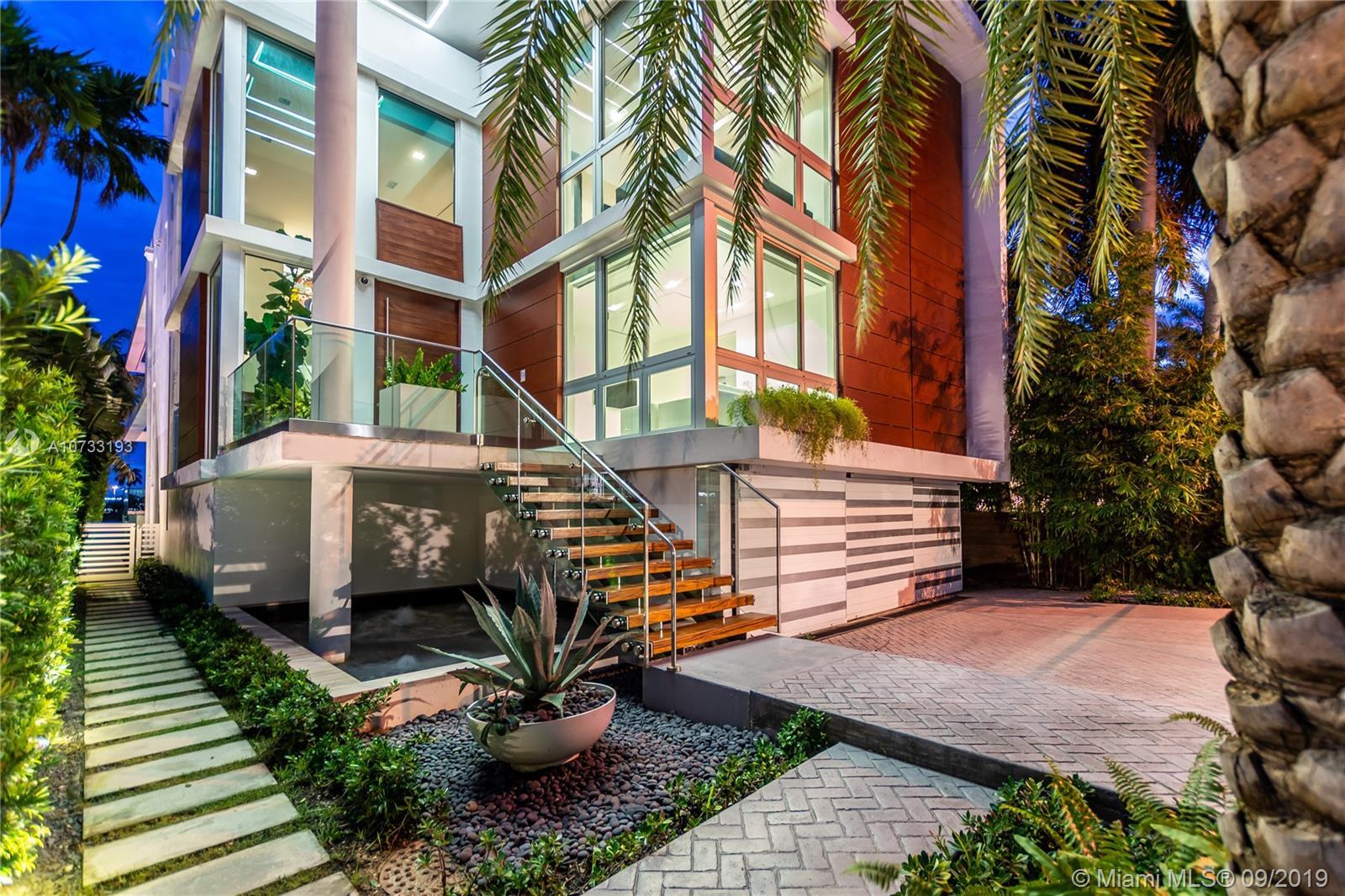 280 S Coconut Ln Luxury Real Estate