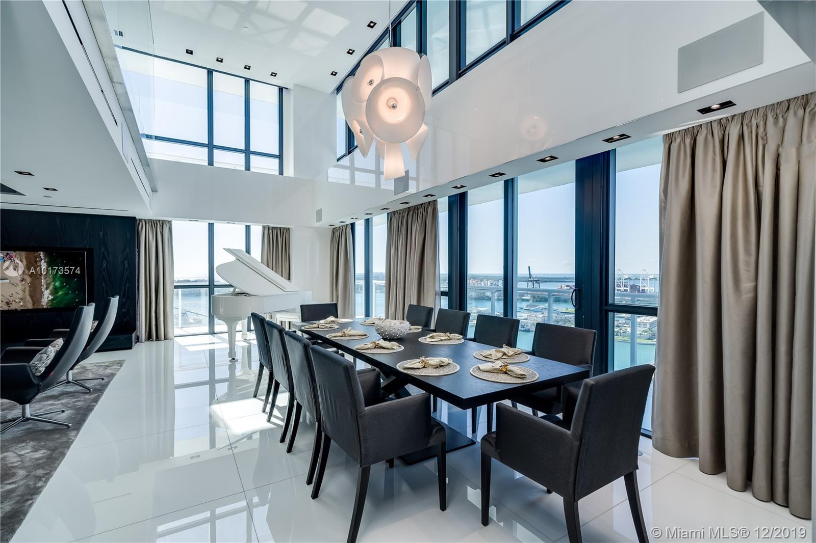 520 West Ave, Unit #PH-A Luxury Real Estate