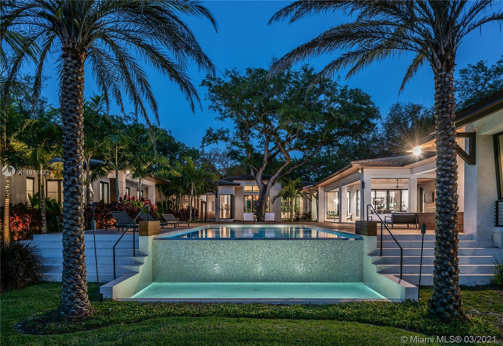 10830 SW 69th Ave Luxury Real Estate
