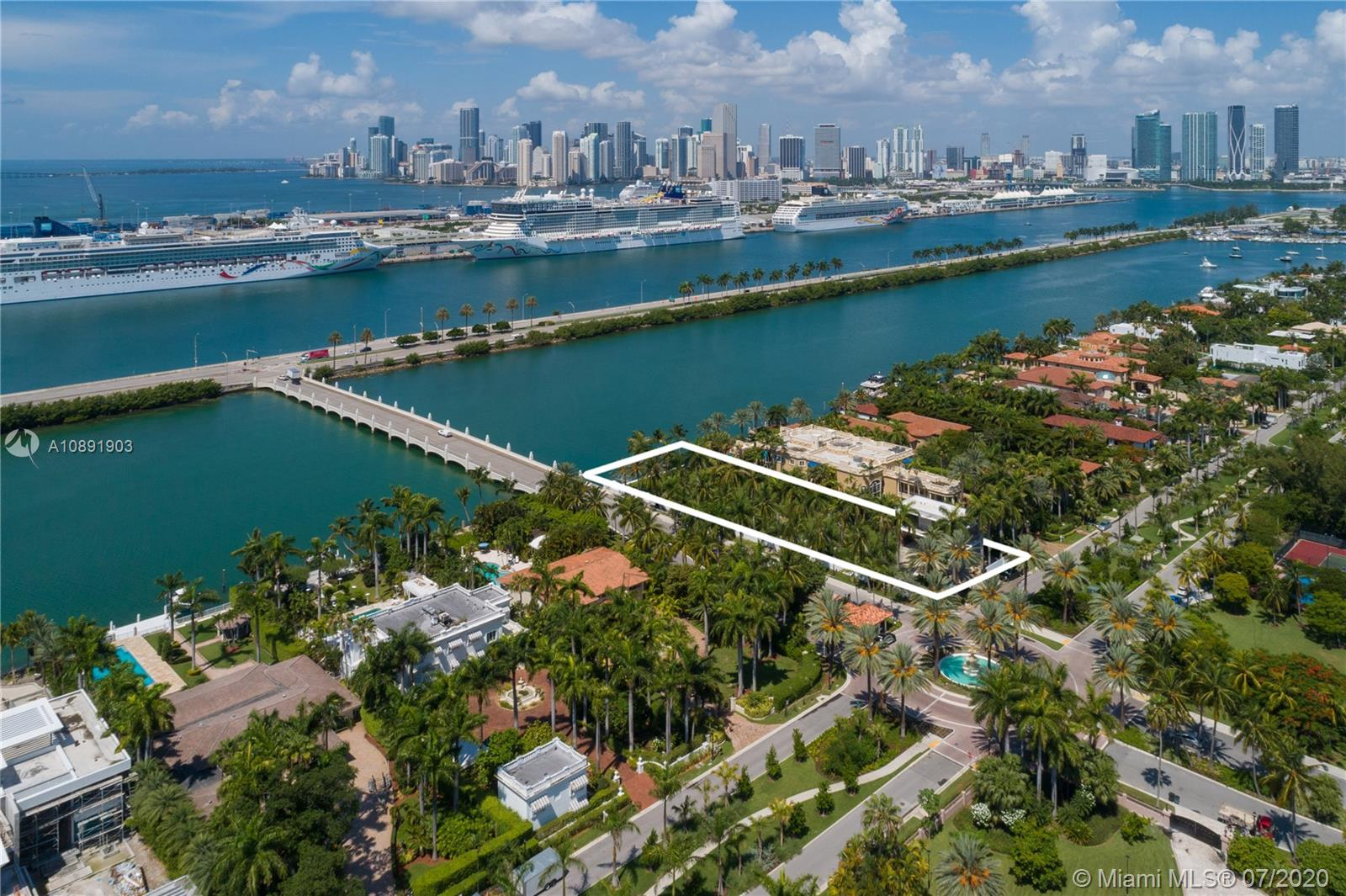 158 Palm Ave Luxury Real Estate
