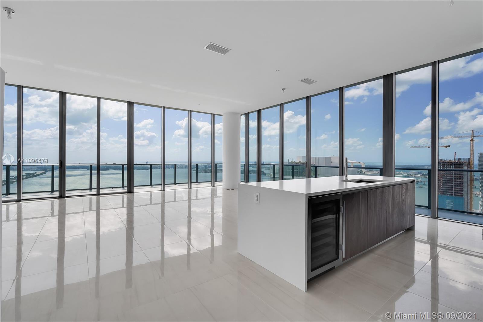 480 NE 31st St, Unit #PH5401 Luxury Real Estate