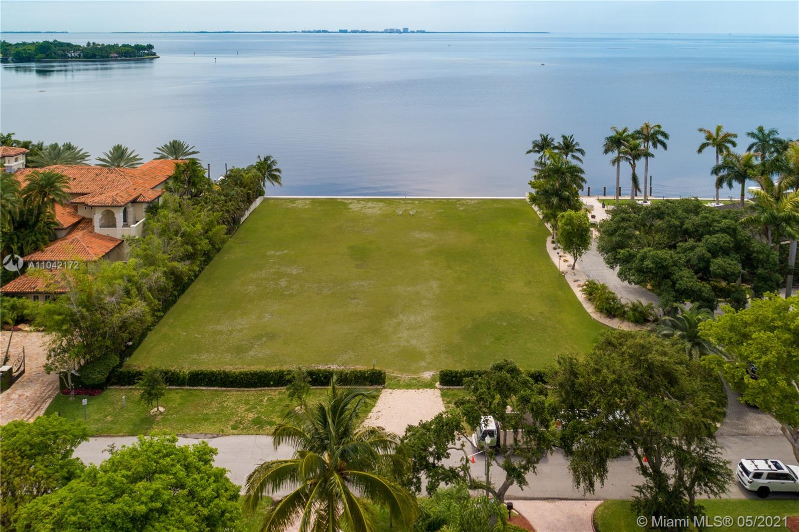 185 Solano Prado Luxury Real Estate