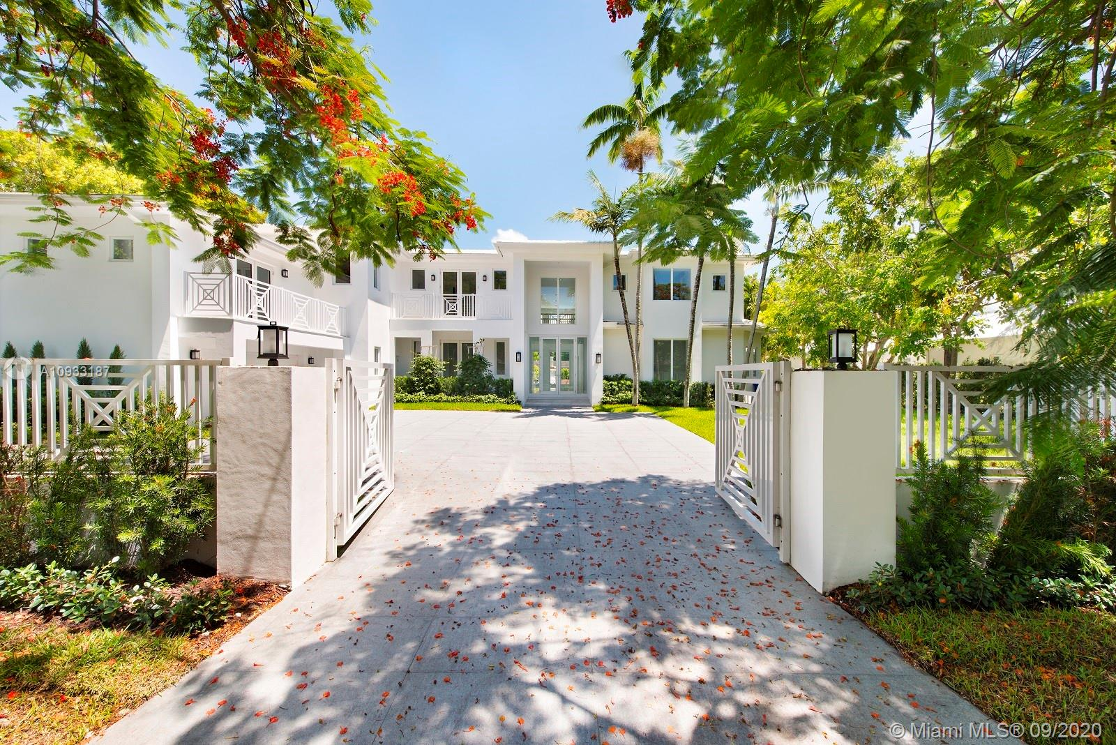 741 Buttonwood Luxury Real Estate