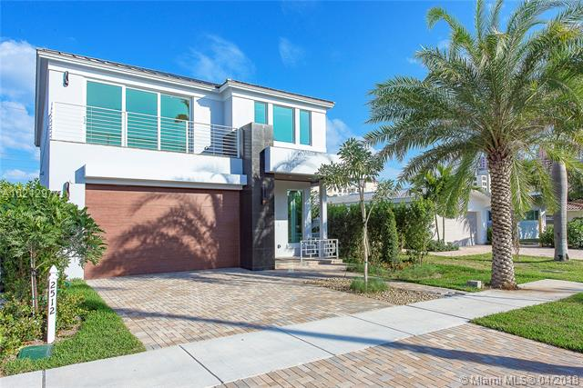 2516 NE 32nd Ave, Fort Lauderdale FL