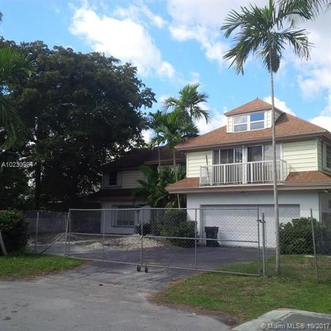 91 Fiesta Way, Fort Lauderdale FL