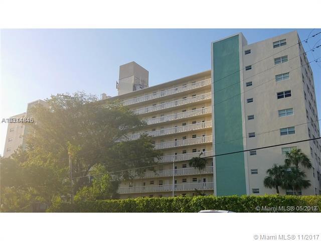 2555 NE 11th St, Unit #204, Fort Lauderdale FL