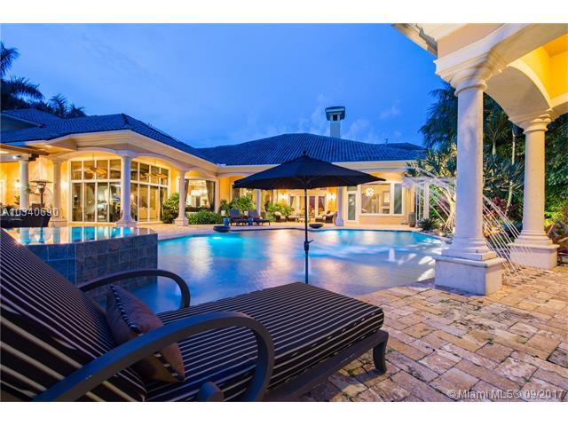 2947 Lake Ridge Ln, Weston FL