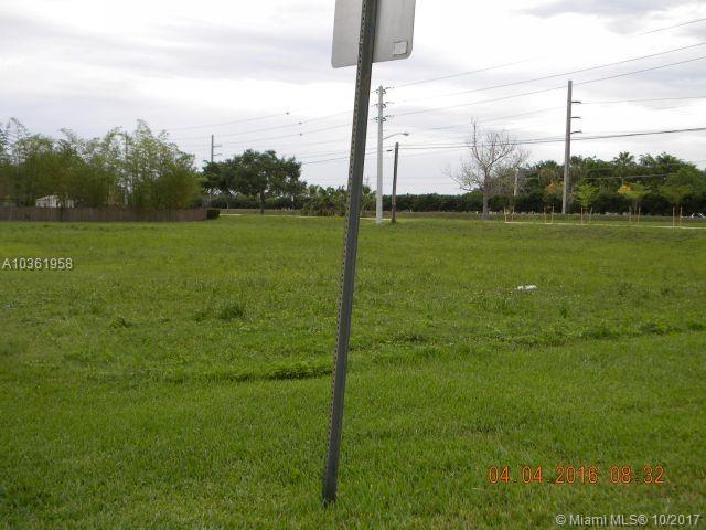 11201 SW 3rd St, Plantation FL