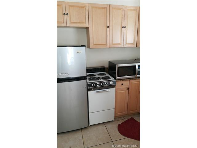 90 Isle Of Venice Dr, Fort Lauderdale FL