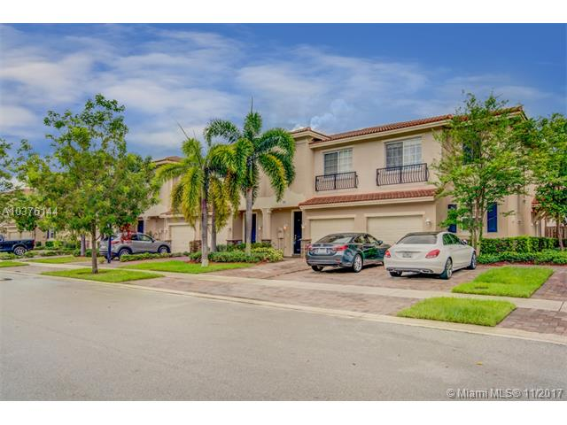285 Las Brisas Circle, Sunrise FL