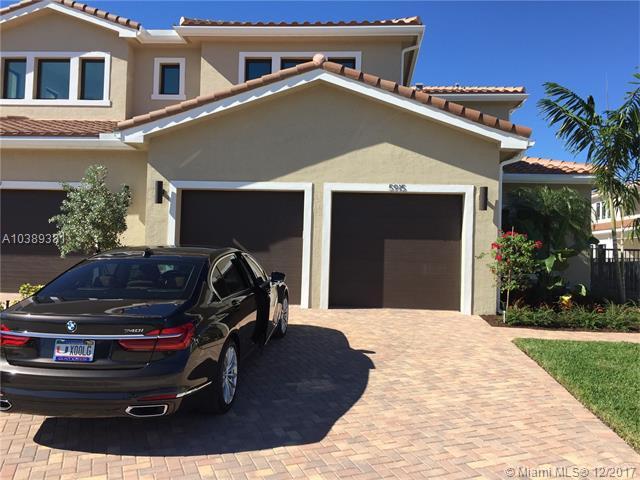 5915 Brooksfield Circle East, Hollywood FL