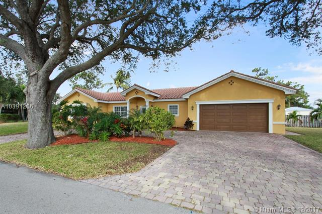 2500 NE 20th Ave, Lighthouse Point FL