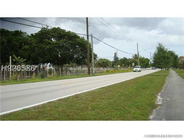 4450 SW 95th Ave, Davie FL