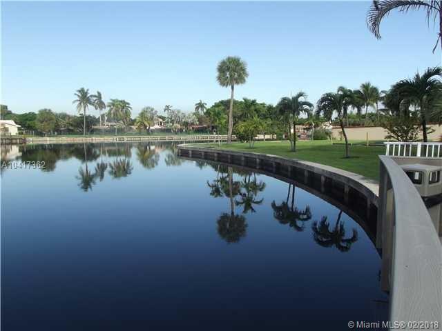 851 Three Islands Blvd, Unit #301, Hallandale FL