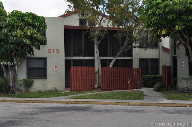 215 Lake Pointe Dr, Unit #102, Oakland Park FL