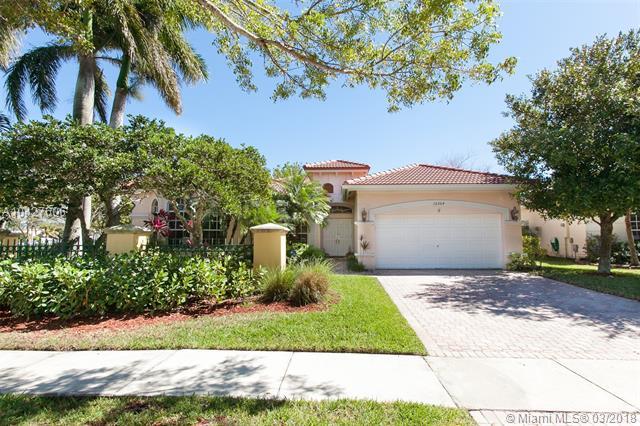 16304 NW 15th St, Pembroke Pines FL