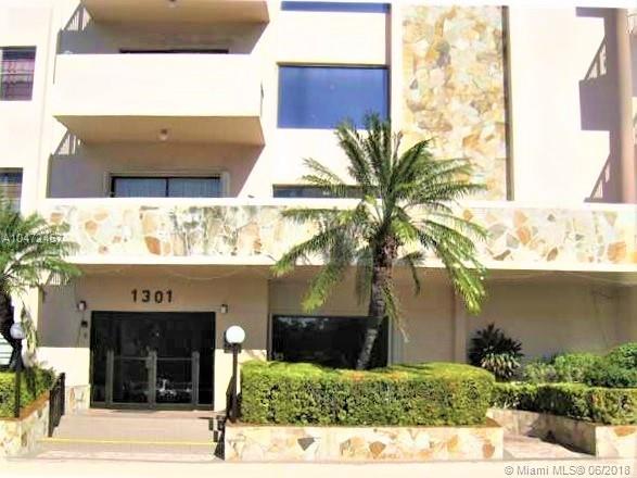 1301 NE 7th St, Unit #209, Hallandale FL