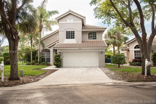8434 NW 57th Dr, Coral Springs FL