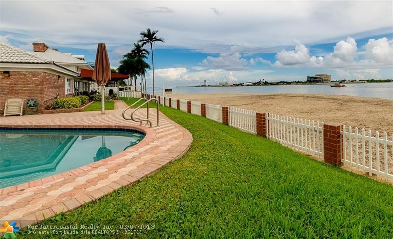 2100 Inlet Dr, Fort Lauderdale FL