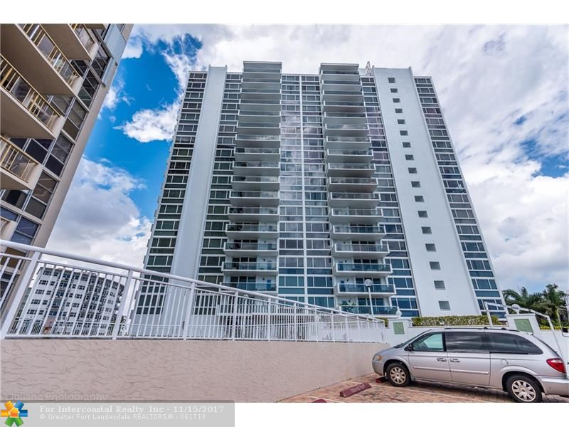 2715 N Ocean Blvd, Unit #8-B Luxury Real Estate