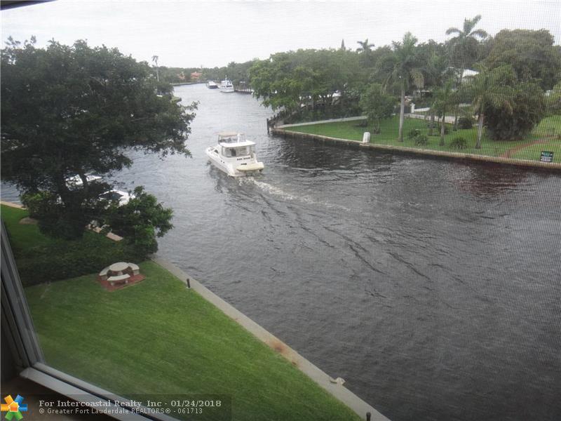 818 SE 4th St, Unit #404, Fort Lauderdale FL