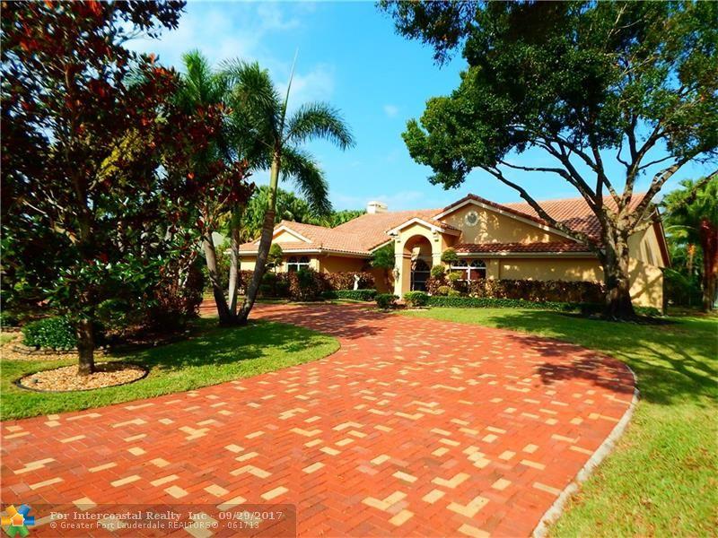 7820 W Upper Ridge Dr, Parkland FL