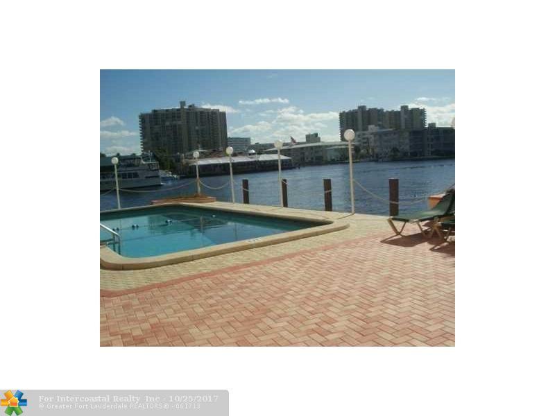 2900 NE 30th St, Fort Lauderdale FL