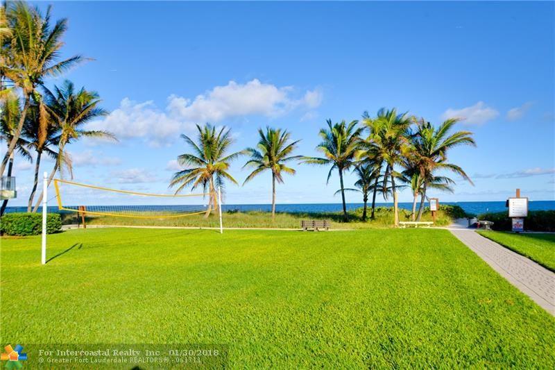 1 Winnebago Rd, Sea Ranch Lakes FL