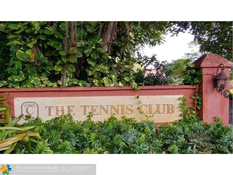 630 Tennis Club Dr, Unit #206, Fort Lauderdale FL