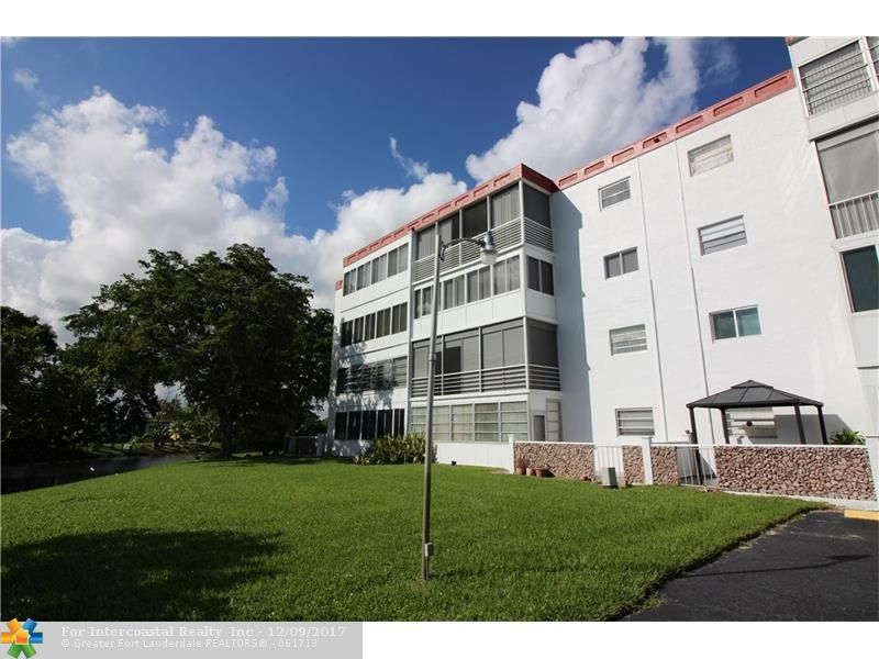 4000 NW 44th Ave, Unit #211, Lauderdale Lakes FL