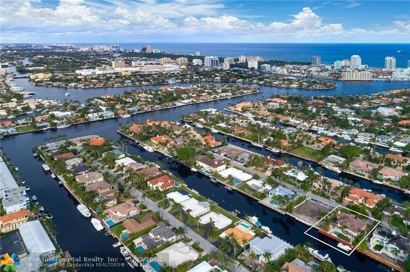 137 Nurmi Dr, Fort Lauderdale FL