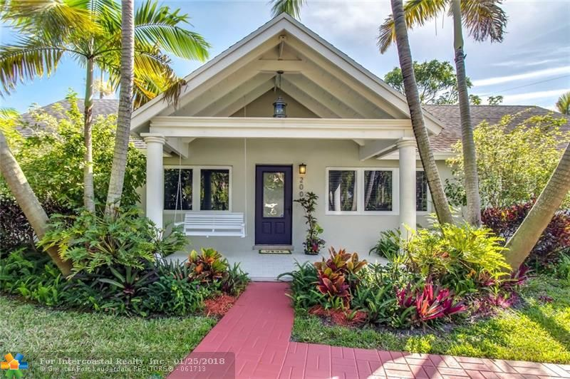 200 NE 26th Dr, Wilton Manors FL