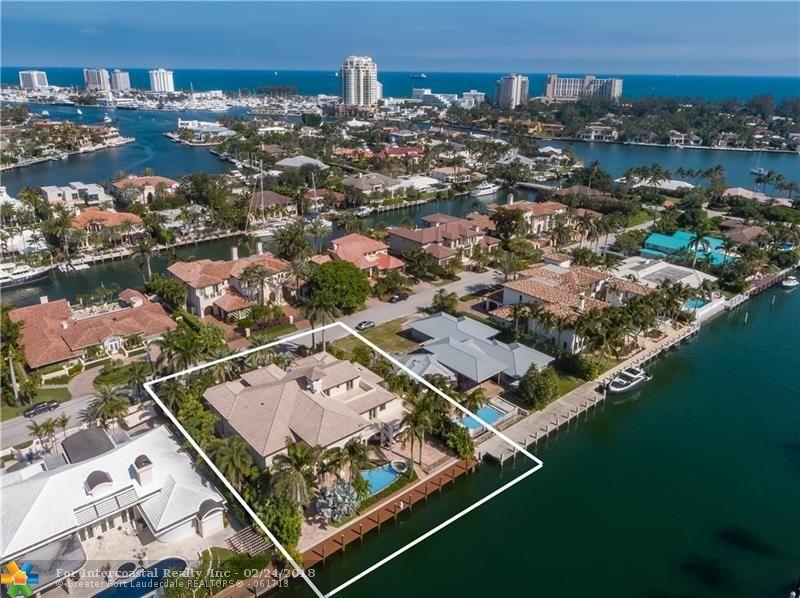 2530 Del Lago Dr, Fort Lauderdale FL
